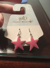 Pink star earrings Ellicott City, 21043