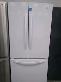 "33"" French doors Kenmore refrigerator excellent condition"
