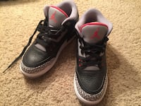 Pair of black air jordan 3's Bradenton, 34210
