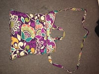 Vera Bradley purse like new I've never used it so it's very clean & has detachable & adjustable strap  Manchester, 37355