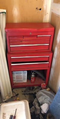Red and black tool cabinet El Paso, 79930