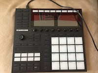 black and white Maschine Mikro launch pad Weston