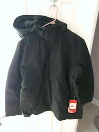 Brand new men's large Black North Face Alexandria