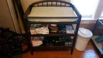 Baby changinging table