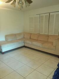 sectional couch very good condition West Park, 33023