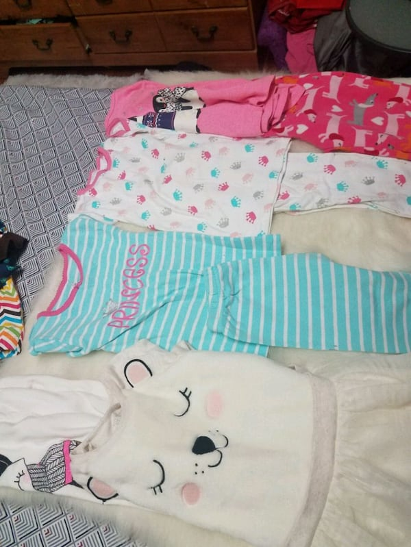 Size 4T clothes for girls 3f8d5f28-8200-4512-a436-e82949d3880c