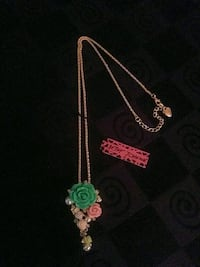 Brand New Betsey Johnson ???? Roses necklace Barrie, L4N 7N1