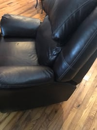 black leather 2-seat sofa Point Pleasant, 25550