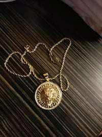 gold-colored pendant necklace Gaithersburg, 20878