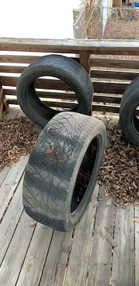 Gray vehicle wheel and tire