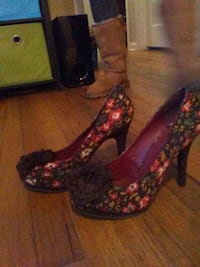 pair of black-and-red floral almond-toe stilettos Austin, 78757