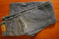 Young boys/mens Abercrombie & Fitch size 31x32 Blue Rock, 43720