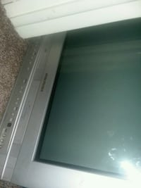 Tv with built in vcr and DVD player 1079 mi