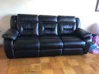 black leather 3-seat recliner sofa Alexandria, 22305