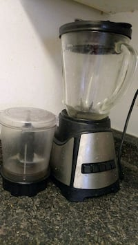 black and gray juice extractor Toronto, M3A