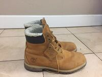 Men's Timberland waterproof boots/shoes Surrey, V3T 2W4