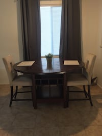 Beautiful wooden dining table 80$
