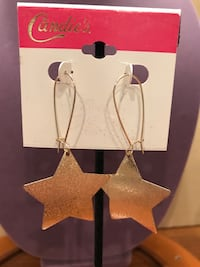 Candies Big Star Earrings Gainesville, 20155