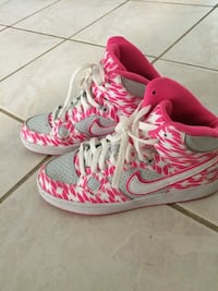 Girls size 6 1/2 Nike Shoe Houston, 77064