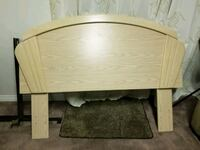 Double/queen headboard and night stand Maple Ridge, V2X