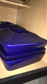 blue and black plastic container Joliet, 60431
