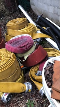Fire sale...fire hoses and extra connector piece....whole lot , 07422