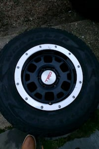 """Trd wheels and Goodyear tires 16"""" 41 km"""