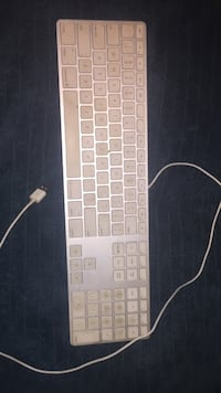 Apple corded keyboard Hayward, 94541