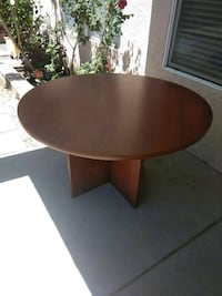 Dining table-great condition Albuquerque, 87121