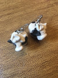 Cow earring Baltimore, 21222