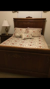 brown and white floral bed sheet Bartonville, 76226