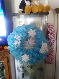 blue and white floral wreath 93 mi