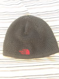 Grey NorthFace winter hat Germantown, 20874