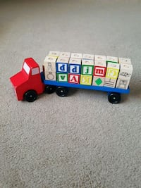 Melissa and Doug book truck with stacking blocks Port Coquitlam, V3C 5P2