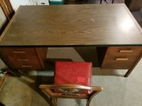 Big desk with long drawers Kansas City