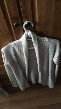 Brown knitted cardigan Kingston, K7P 1N1
