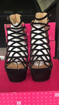 Size 10 Shoe Dazzle Caged Platforms Savannah, 31405
