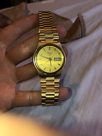 Gold seiko series 5 automatic watch Laval, H7M 1A1