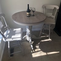 High-top table and 2 stools Boonsboro, 21713