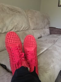 pair of red Adidas Yeezy Boost 350 Gretna, 70056