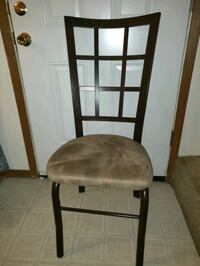 Dining room table and 4 chairs 294 mi