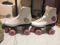 Girls Chicago skates Bloomington, 47403