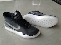 New! Nike Zoom - Kevin Durant Size 11 Shoes Surrey
