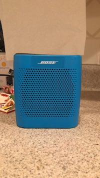 Bose Bluetooth and AUX Speaker  Tuckahoe, 10707