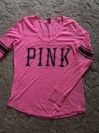pink and black Pink by Victoria's Secret long-sleeved shirt