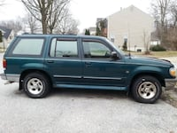 1999 Green Ford Explorer Springdale