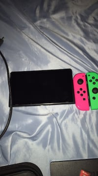 Black and green nintendo switch will trade for laptop Washington, 20011