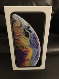 iPhone XS 64gb silver with warranty Mississauga, L5M 5J3