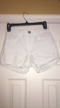 White shorts Shepherdstown, 25443