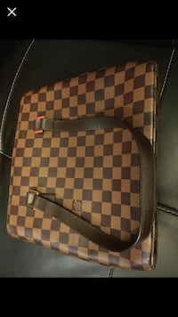 Real authentic Louis Vuitton Purse Montreal, H1P